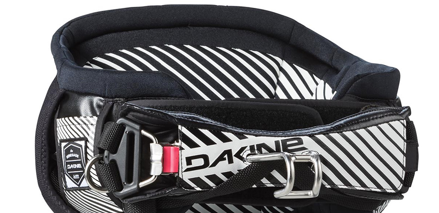 Dakine Renegade Kiteboard Waist Harness listing push button hammer head spreader bar close up