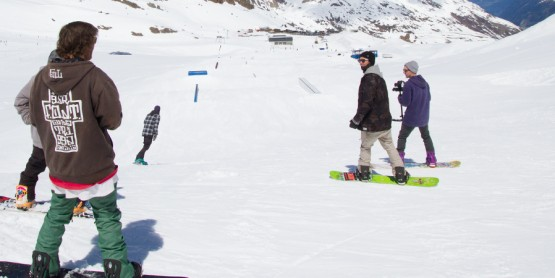 Top 5 Tips for Snowboarding