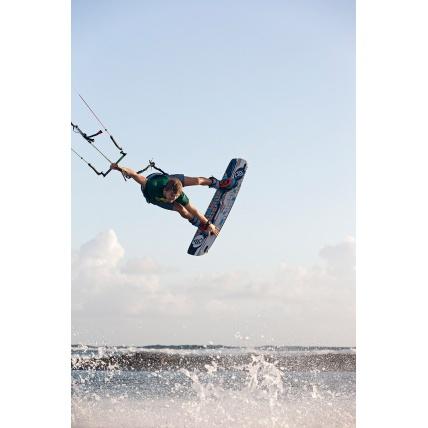 Flysurfer Radical 5 Kitesurfing Action
