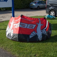 Best Kiteboarding - Waroo 3m 2008 with Bar and Lines