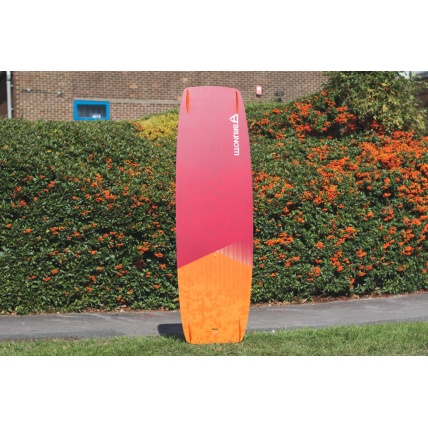 Brunotti Onyx Kitesurf Board bottom