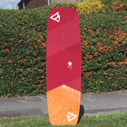 Brunotti Onyx Kitesurf Board top