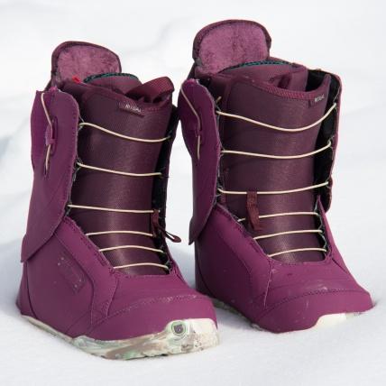 Burton Ritual Womens Snowboard Boots Berry Kimmy Kamo 2015