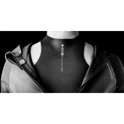Mystic Diva 5/4mm BZ Womens Winter Wetsuit overhead back up