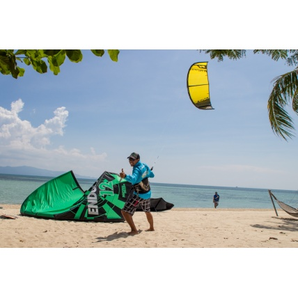 Ozone Catalyst V1 Kitesurfing Kite in use