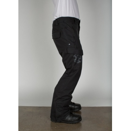 686 Authentic Rover Black Pant Model Side View
