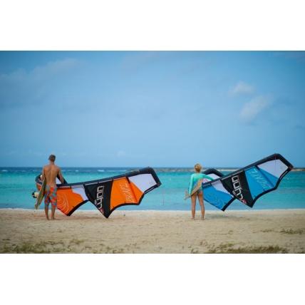 Peter Lynn Escape Kitesurfing Kite on beach