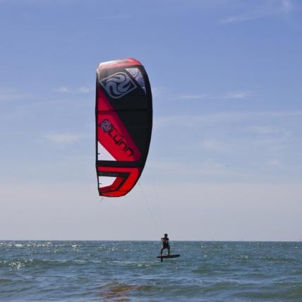 Peter Lynn Fury Kitesurfing Kite free ride red