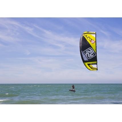 Peter Lynn Fury Kitesurfing Kite free ride yellow