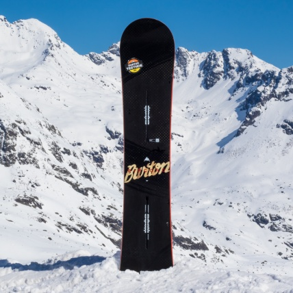 Burton Ripcord 2017 Snowboard at Springbreak top sheet