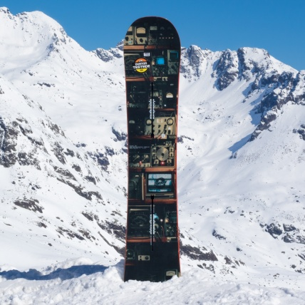 Burton Blunt 2017 Snowboard at Springbreak top sheet