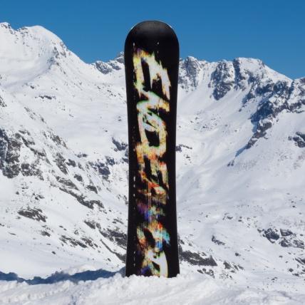 Endeavor Live 2017 Snowboard at Spring Break Snowboard Test base Graphic