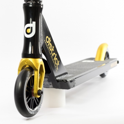 District C-Series C253 Complete Scooter in Black/ Gold front close up
