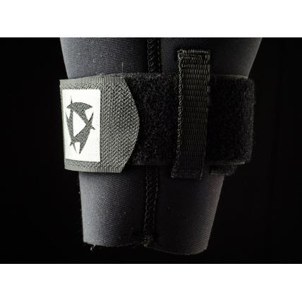 Mystic Star 5/4 Front Zip Wetsuit in Orange velcro leg closure