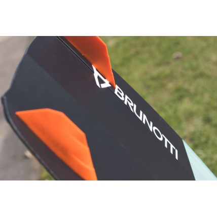 Brunotti Riptide 2018 Womens Kitesurf board slicer fins and graphic