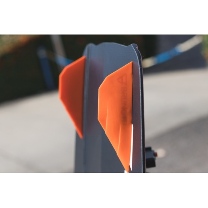 Brunotti Riptide 2018 Womens Kitesurf board slicer fins close up