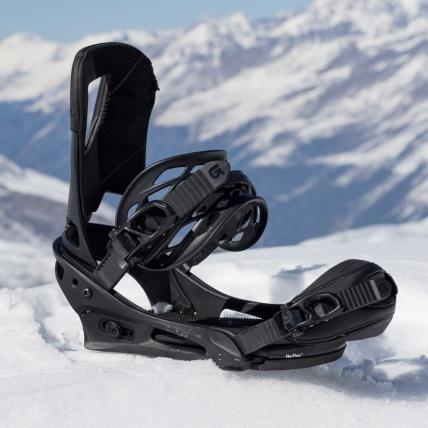Burton Cartel Reflex Snowboard Binding Matte Black back side on mountain