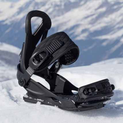 Union Rosa Womens Snowboard Binding in Black at Spring Break Snowboard Test
