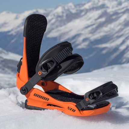 Union STR Orange Snowboard Binding at Spring Break Snowboard Test front side