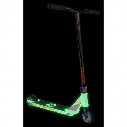 Ultima 4.5 Scooter in Glow in the Dark