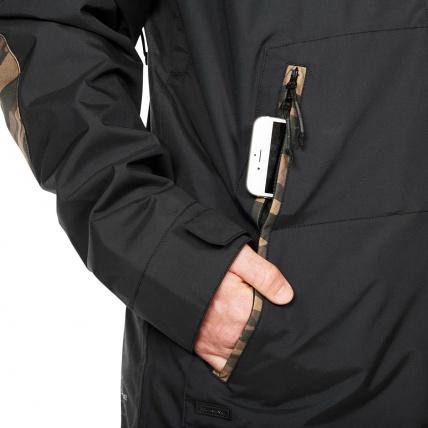 Dakine Glenwood Snowboard Jacket in Black Field Camo pockets