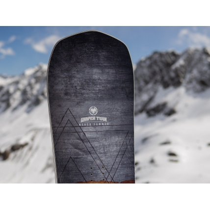 Never Summer Shaper Twin 2019 Snowboard Tip Detail