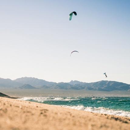 Flysurfer Soul Kitesurfing Foil Kite freestyle
