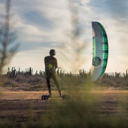 Flysurfer Soul Kitesurfing Foil Kite Land Boarding