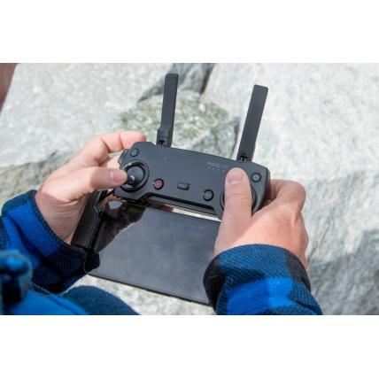 DJI Mavic Air Drone Fly More Combo controller
