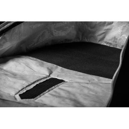 Mystic Majestic Twin Tip Kite Wake Board Bag reinforced key fins areas