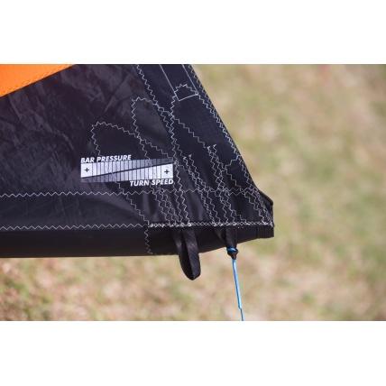 Ozone Catalyst V2 Kitesurfing Kite wing tips