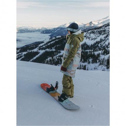 Burton Yeasayer Flying V Womens Snowboard on mountain