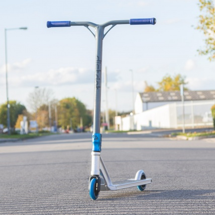 District HT custom Blue and Silver Full Scooter