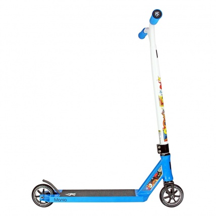 Kota Mania Pro Scooter in Blue and White
