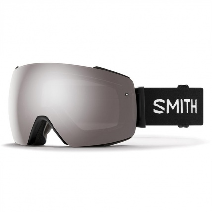 Smith I/O Mag Black ChromaPop Sun Platinum Snow Goggles rendering