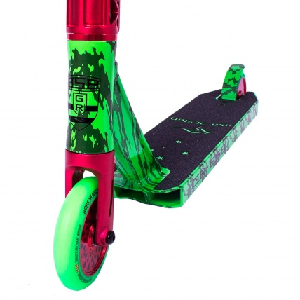 Ride 858 GR Watermelon Park Scooter Front