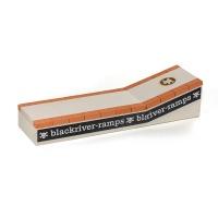Blackriver - Fingerboard Ramp Brickcurb
