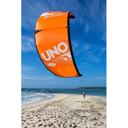 ozone kitesurf lesson with uno kite
